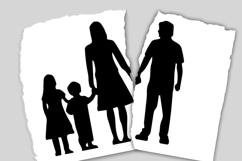 family-3090056_19205307888407679414598.jpg